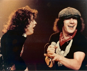 Acdc_pic_1302789822_crop_550x450